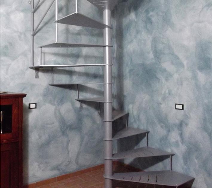 Fabulous scala a chiocciola quadrata interamente in ferro - Scala esterna in ferro ...